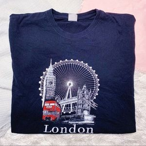 Tops - London Cropped Graphic Tee